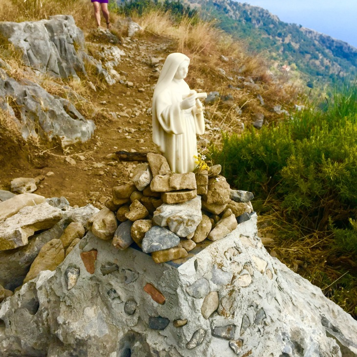 Sigalle Barness Hikes Path of the Gods
